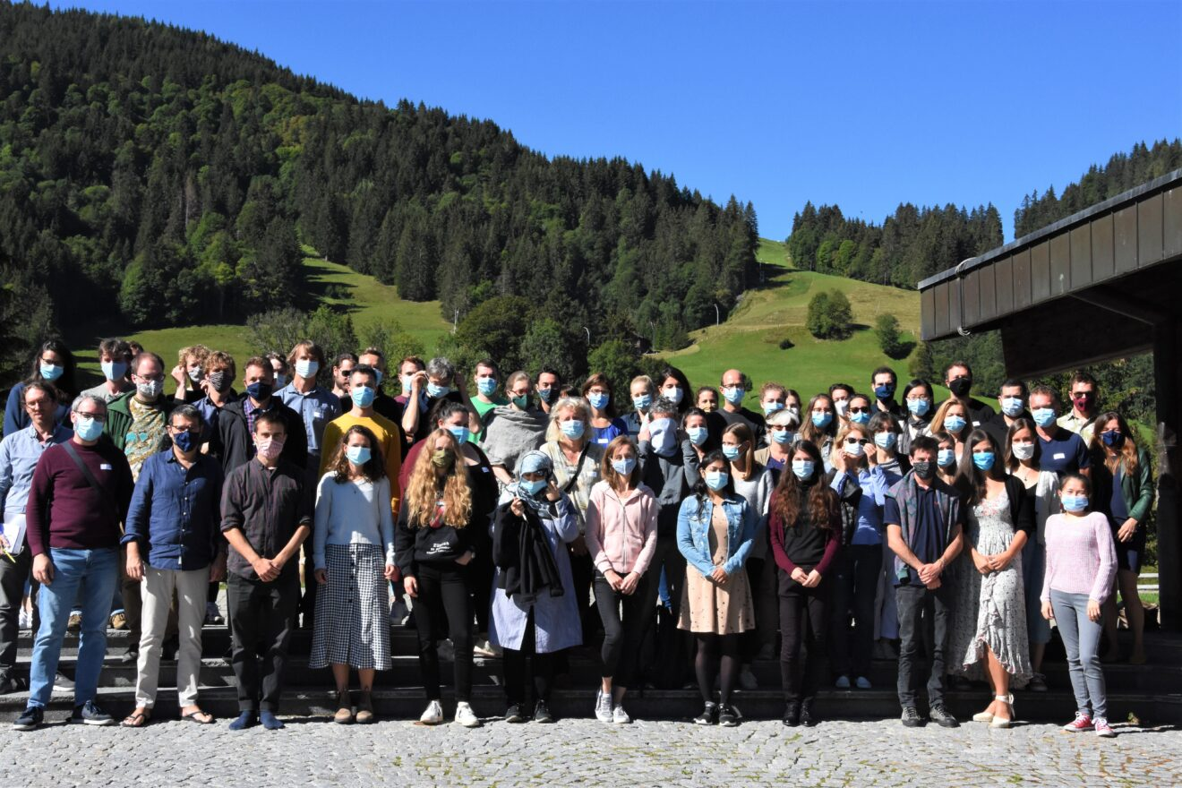 group picture of the NCCR Evolving Language